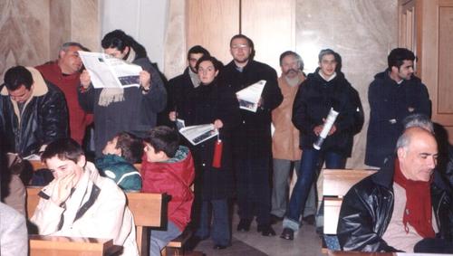 Gruppo di collaboratori in chiesa