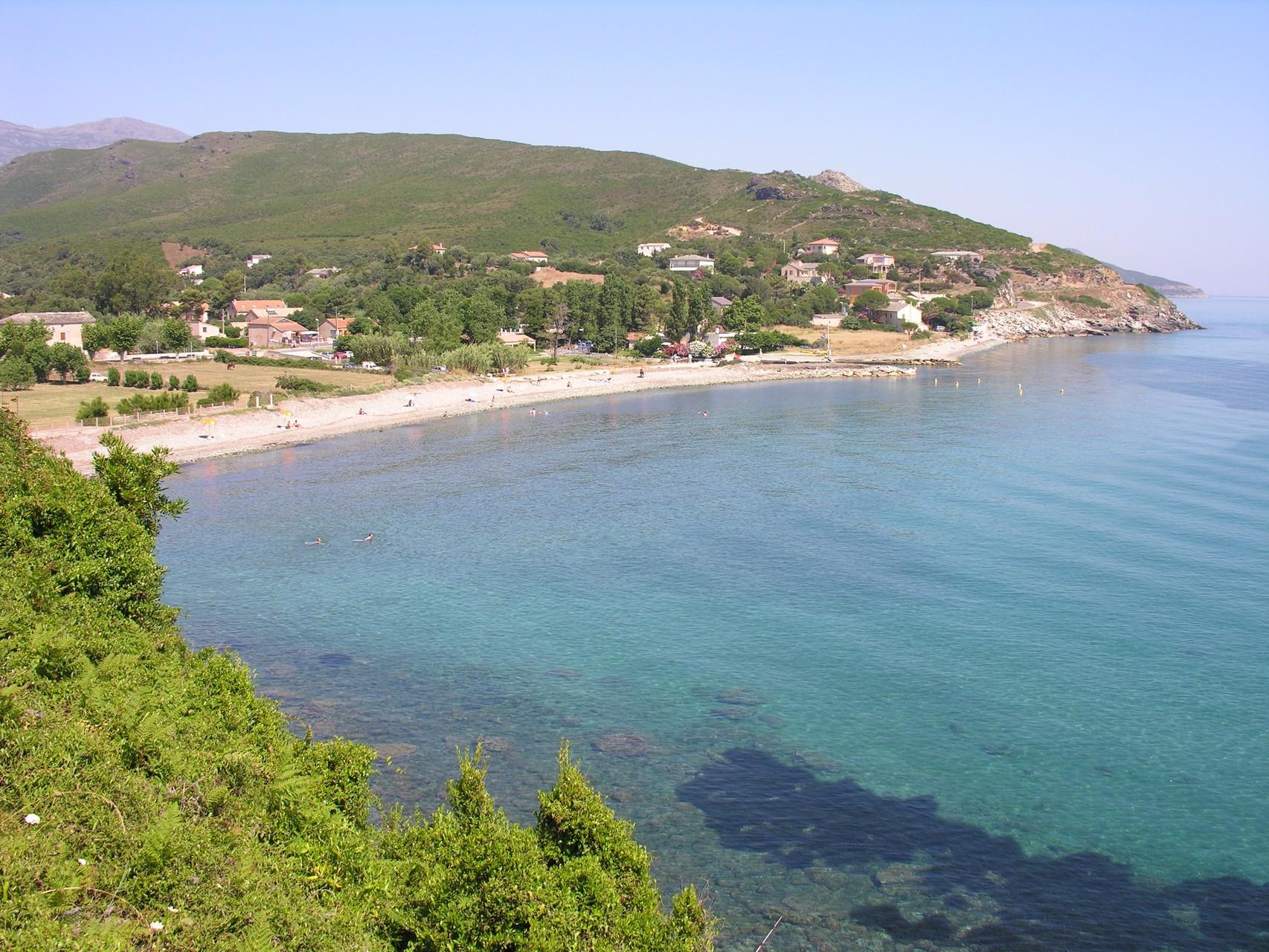 Vue sur plage de Sisco