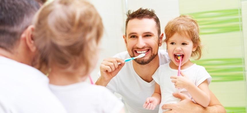 Zahnversicherung günstig für ein glückliches Lachen
