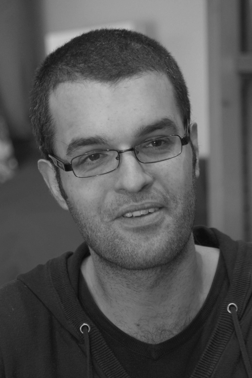 """Hugo Boris ~ Rencontre à la librairie Gwalarn à Lannion pour son roman : """" Trois Grands Fauves"""" (Editions Belfond) 24 janvier 2014"""