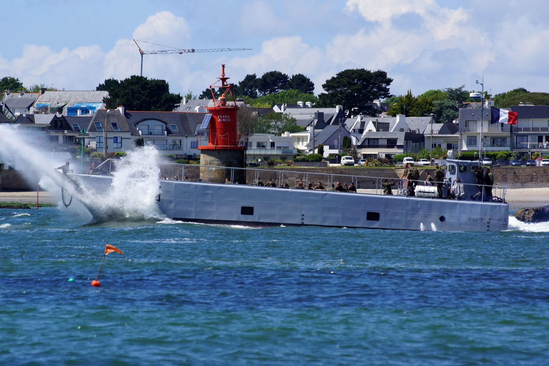 Chaland de Transport de Matériel 15 (Marine Nationale ; 23,80 m / 6,35 m ~ Lorient)