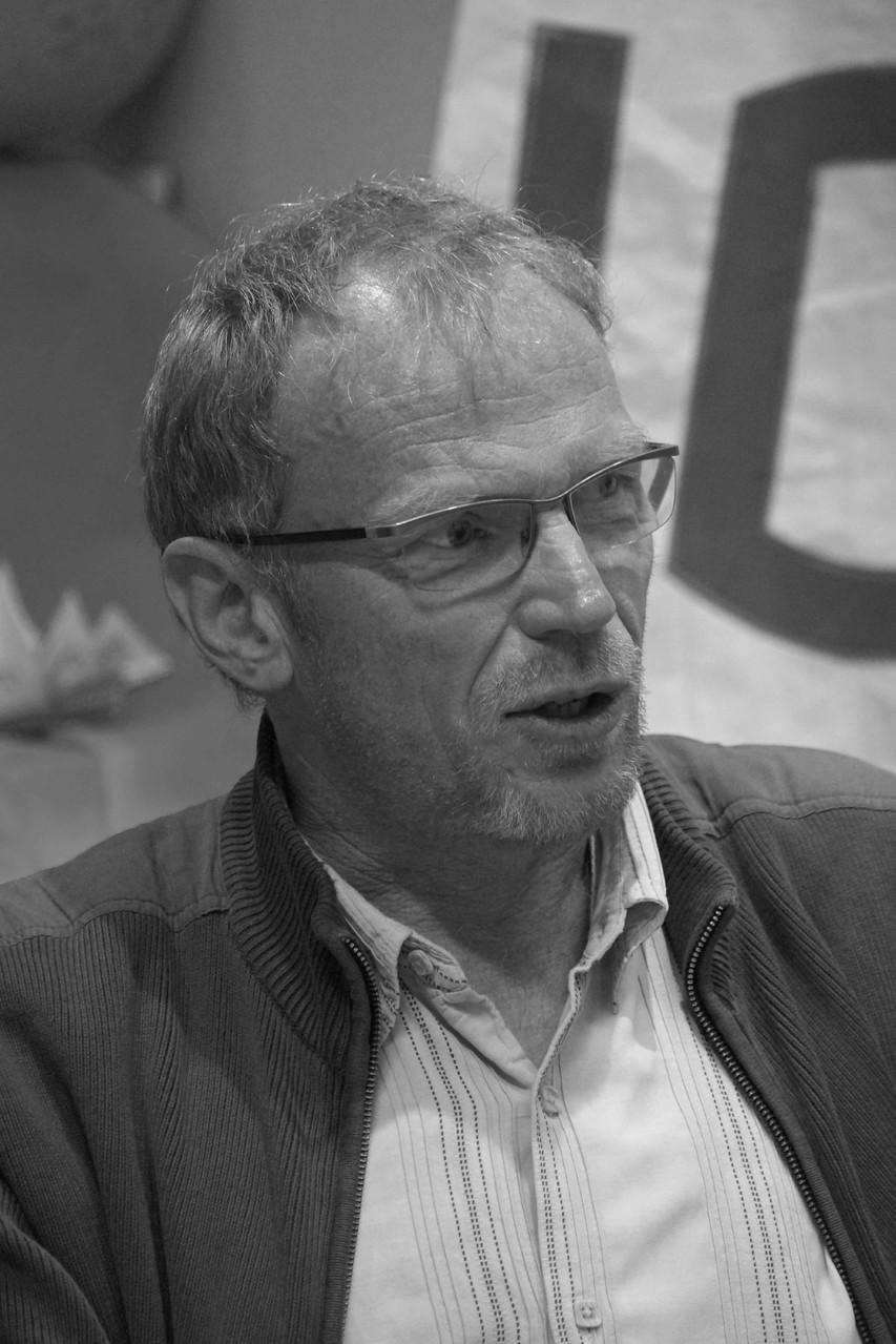 """Bruno D'Halluin ~ Rencontre à la Librairie Gwalarn à Lannion pour son roman """"L'égaré de Lisbonne"""" jeudi 17 avril 2014"""