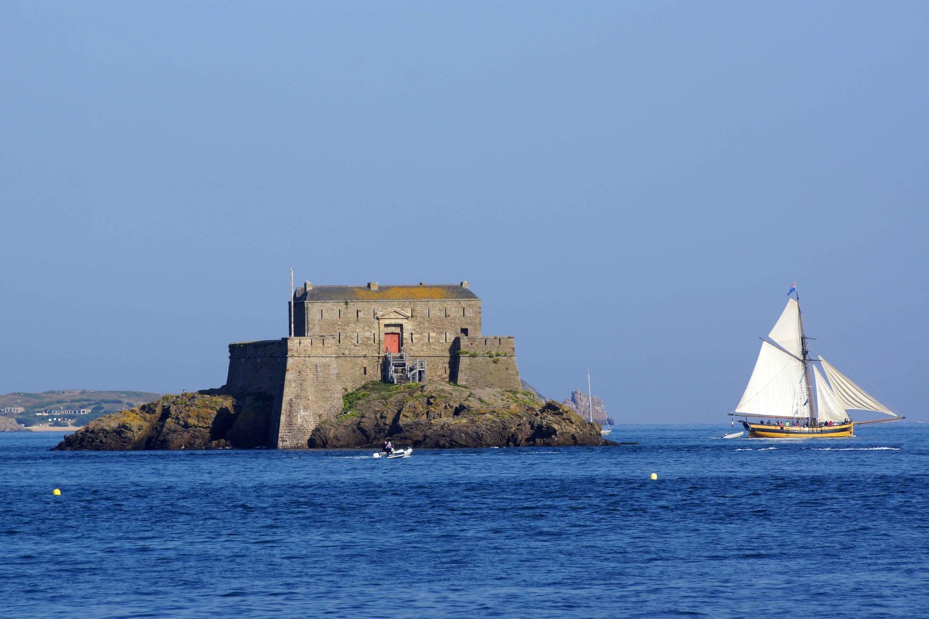 Fort Vauban et Corsaires....