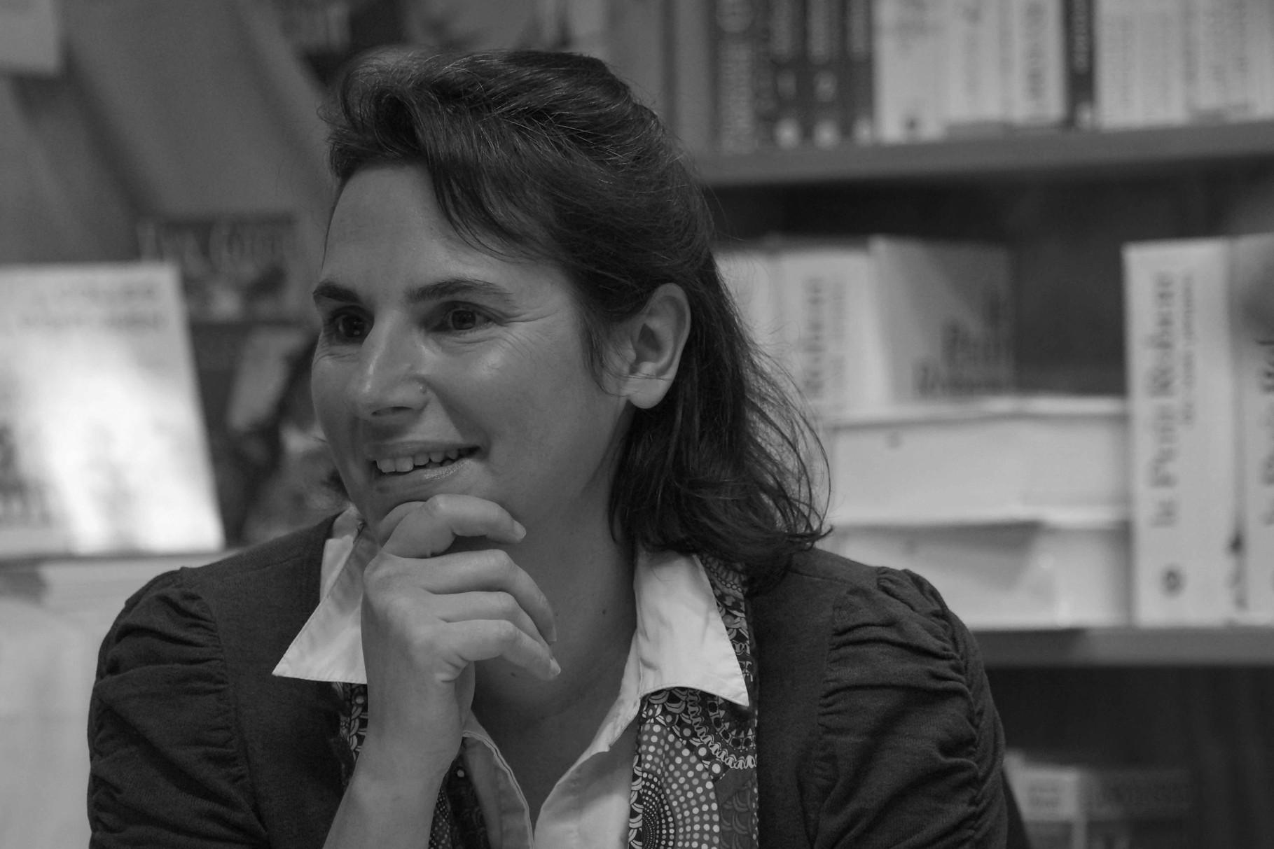 """Anne Percin ~ Rencontre à la Librairie Gwalarn à Lannion pour son roman """"Les Singuliers"""" Mercredi 22 Octobre 2014"""
