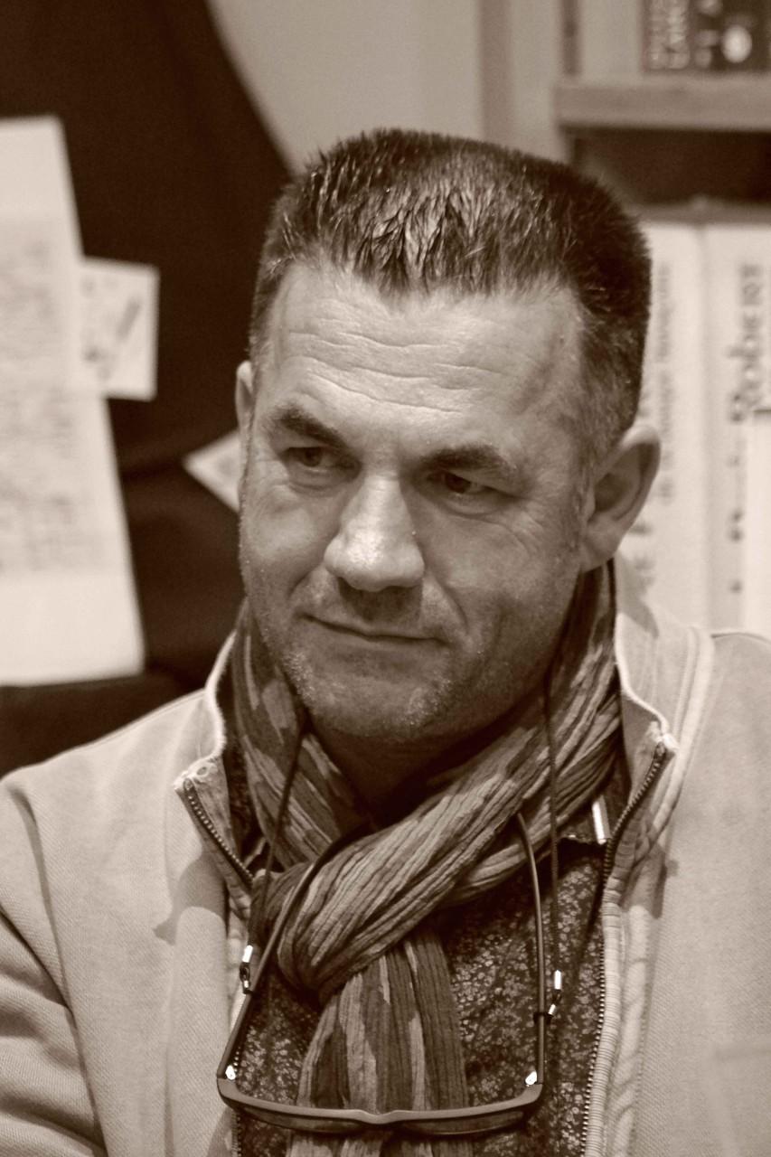 """Jean-Paul Didierlaurent ~ Rencontre à la librairie Gwalarn à Lannion pour son roman """"Le liseur du 6h27"""" Jeudi 13 novembre 2014"""