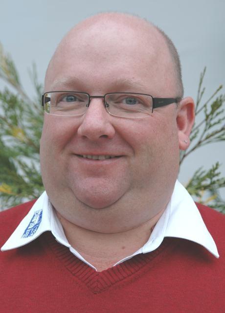 Franz Muhr, muhr@seitz-reisen.de, Tel 09929/9591-12