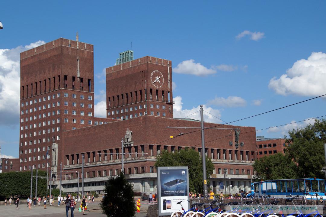 Rathaus von der Hafenseite