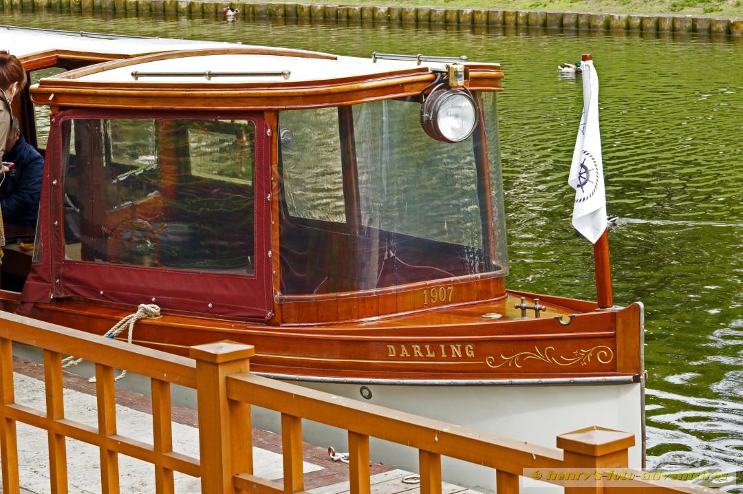 """die """"DARLING"""", 1907 gebaut"""