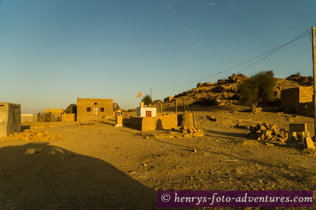 kleine Dörfer am Wegesrand
