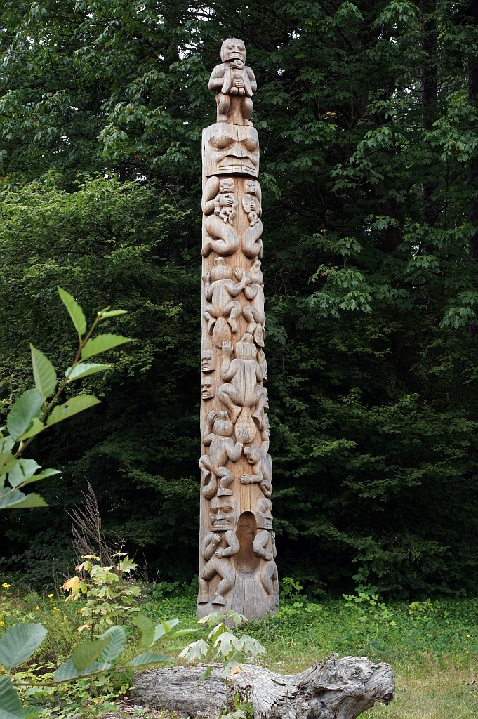 Totempfahle im Stanly Park, BEAVER CREST POLE