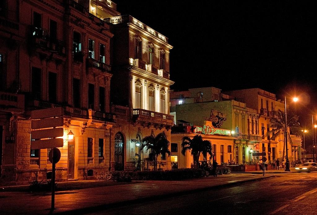 """""""Buenos Noches Havanna"""""""