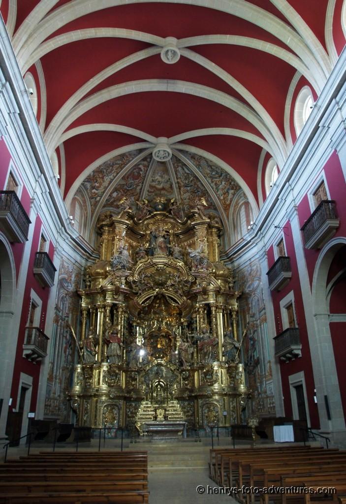 ein beeindruckender Altar