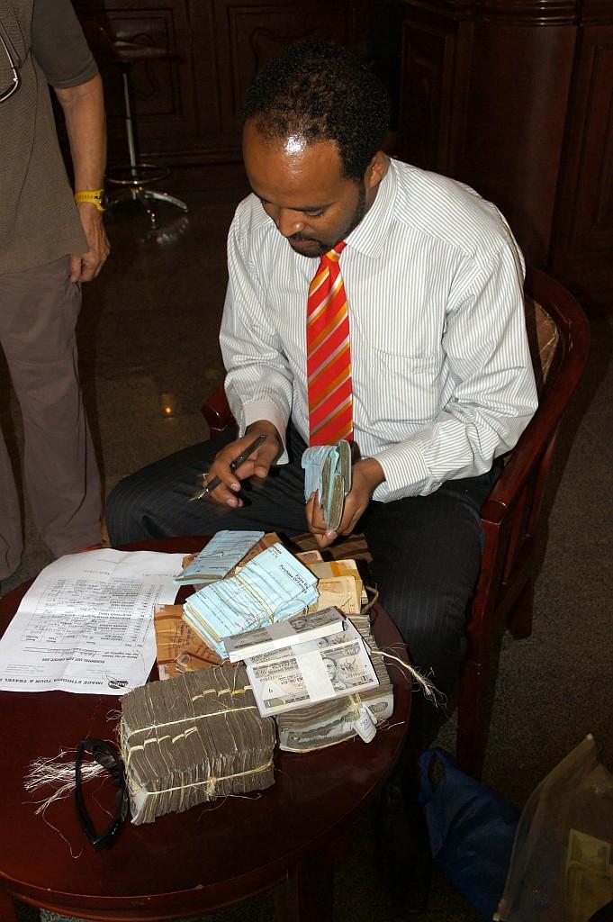 Geldwechsel vor der Abreise