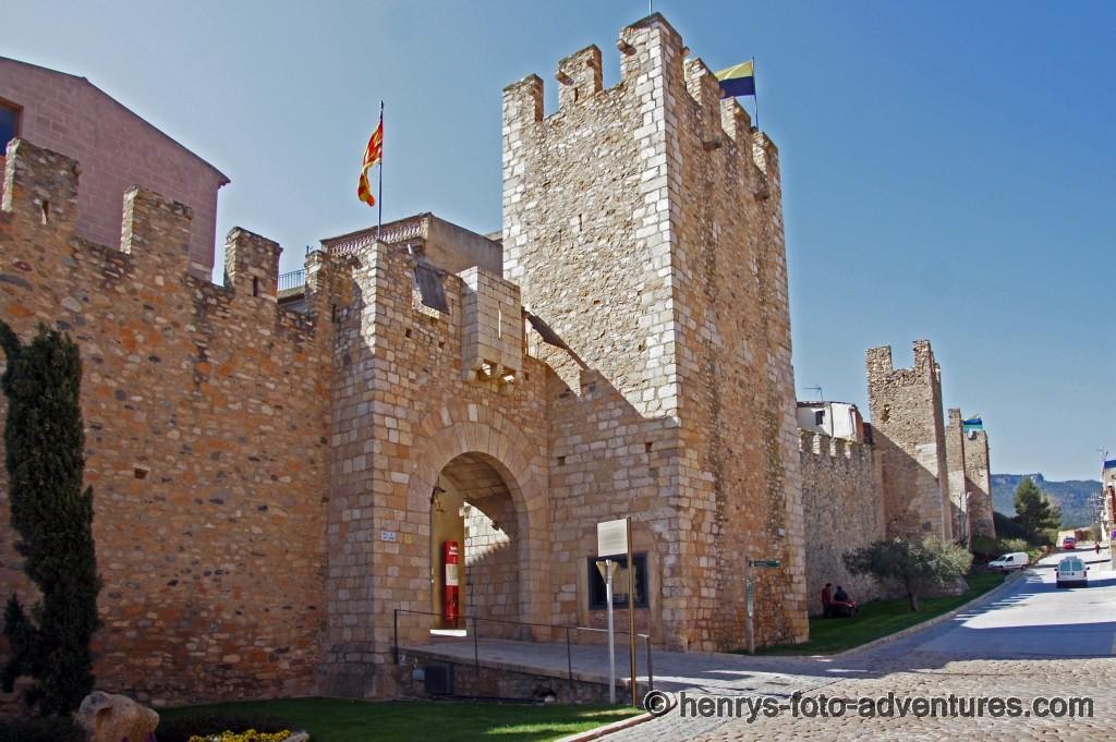 das Stadttor Sant Jordi