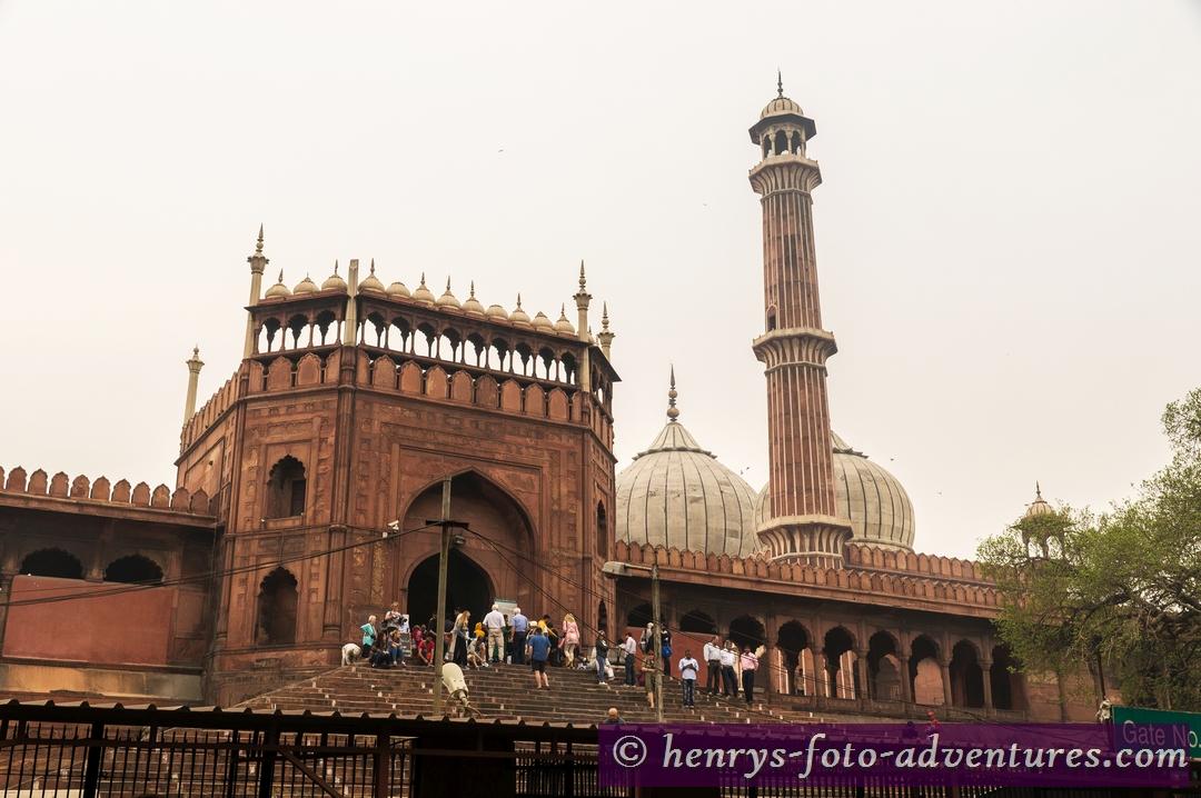 """die  1650-1658 erbaute Freitagsmoschee  """"Jama Masjid"""""""