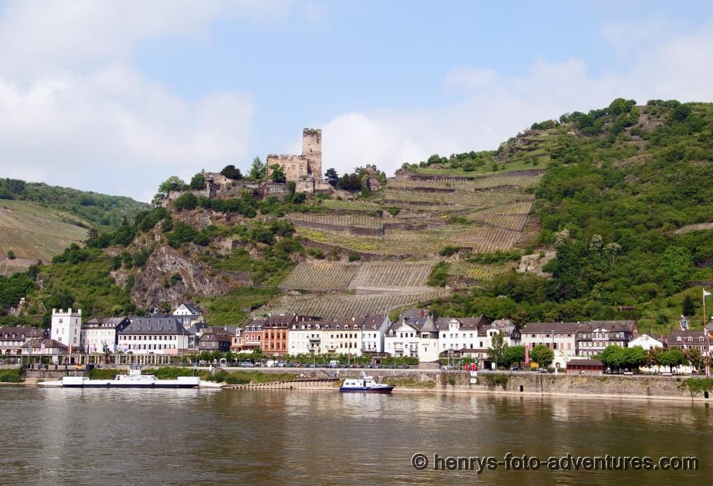 rs, Kaub mit der Burg Gutenfels