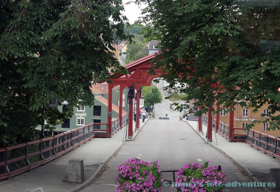 Holz-Zugbrücke aus dem 16. Jh.