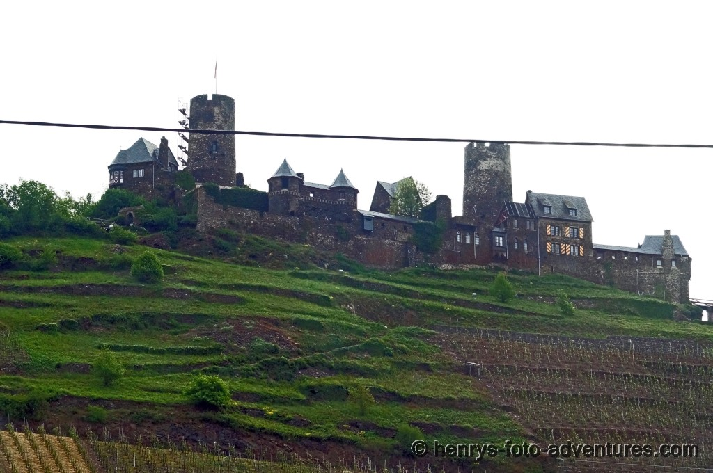 Ruinen und alte Burgen
