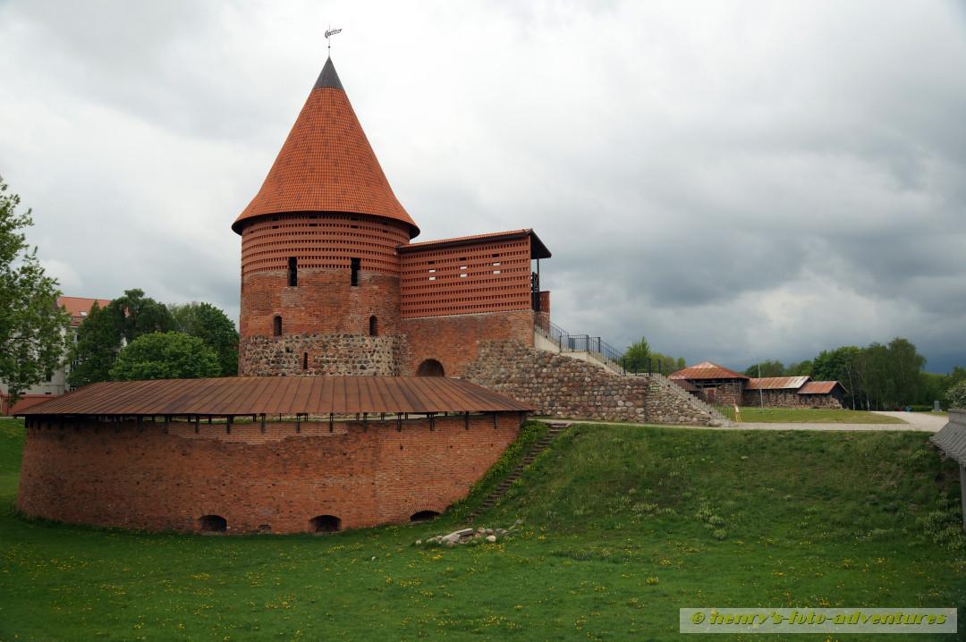 Reste der Burg aus dem 13. Jh.