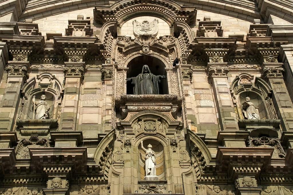 detail der Front der Kathedrale