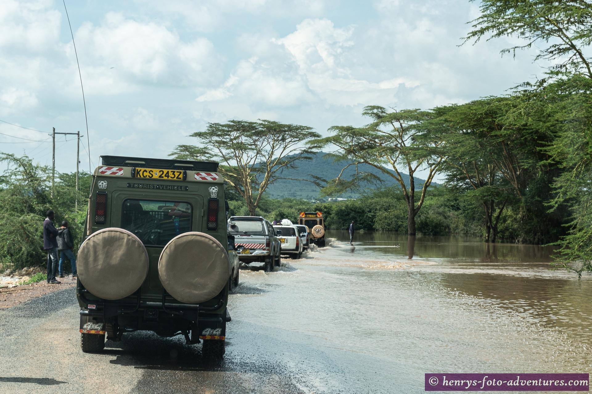 """der Fluss """"Ewaso Ngiro"""" führt Hochwasser"""