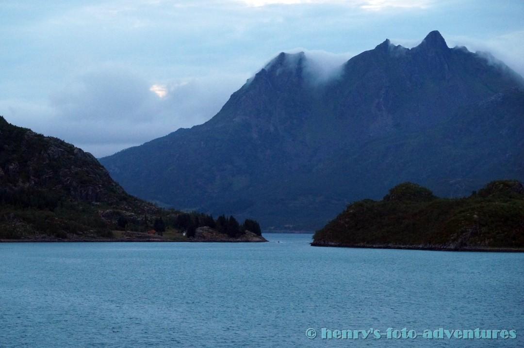 32:20 - nächtliche Exkursion in den Trollfjord