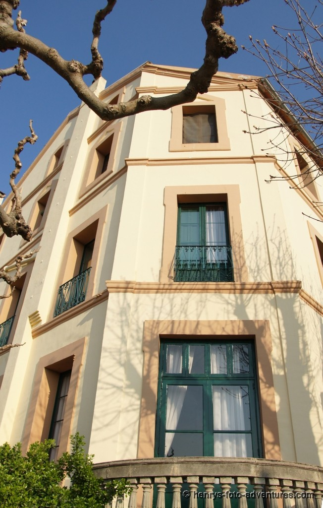 "Hotel ""Les Emeraldes"""