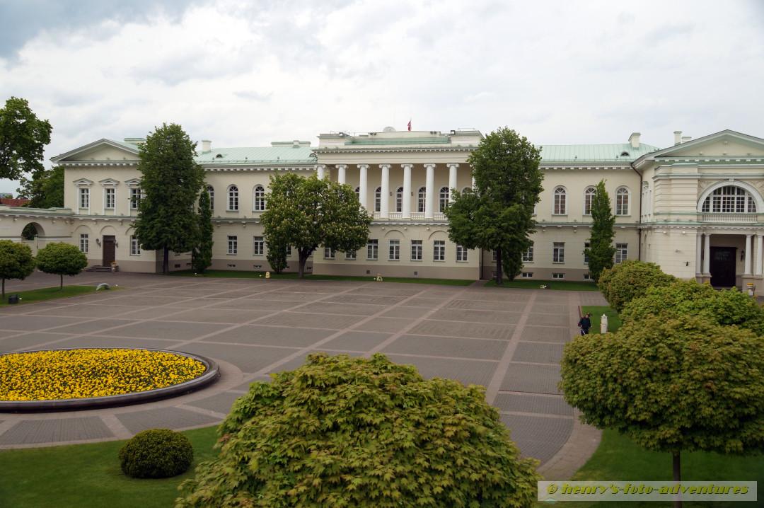 ehemaliger Bischofssitz, heute Präsidentenpalast