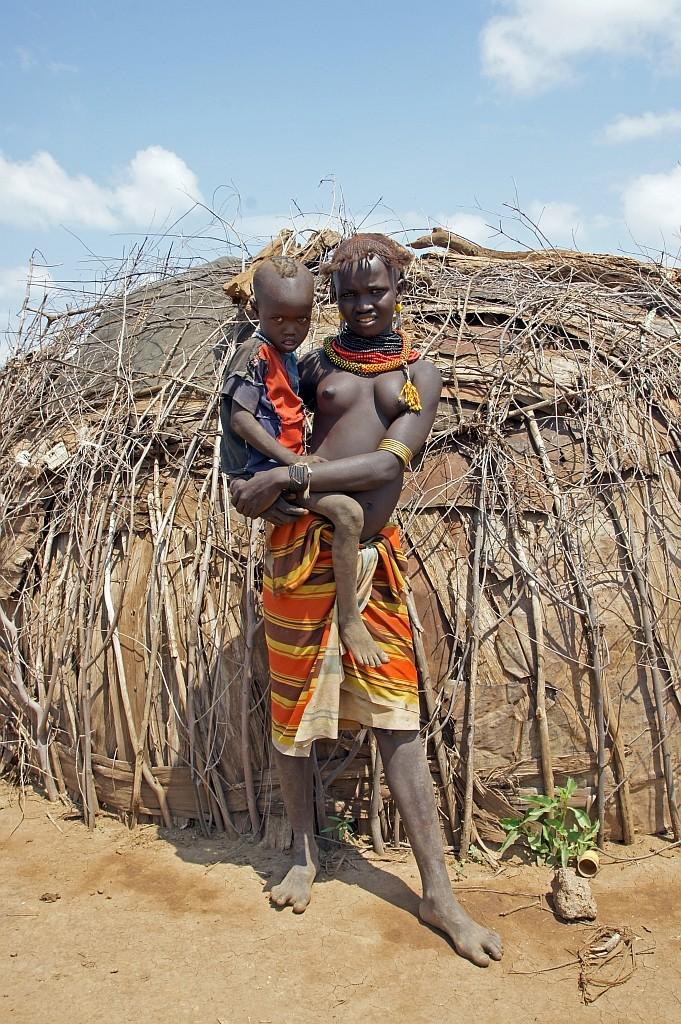 Mädchen mit Kind