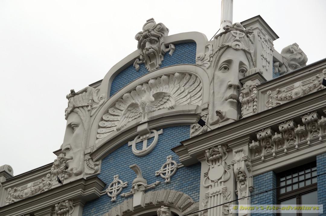 Fassadendetails an einem Haus in der Elisabetes iela