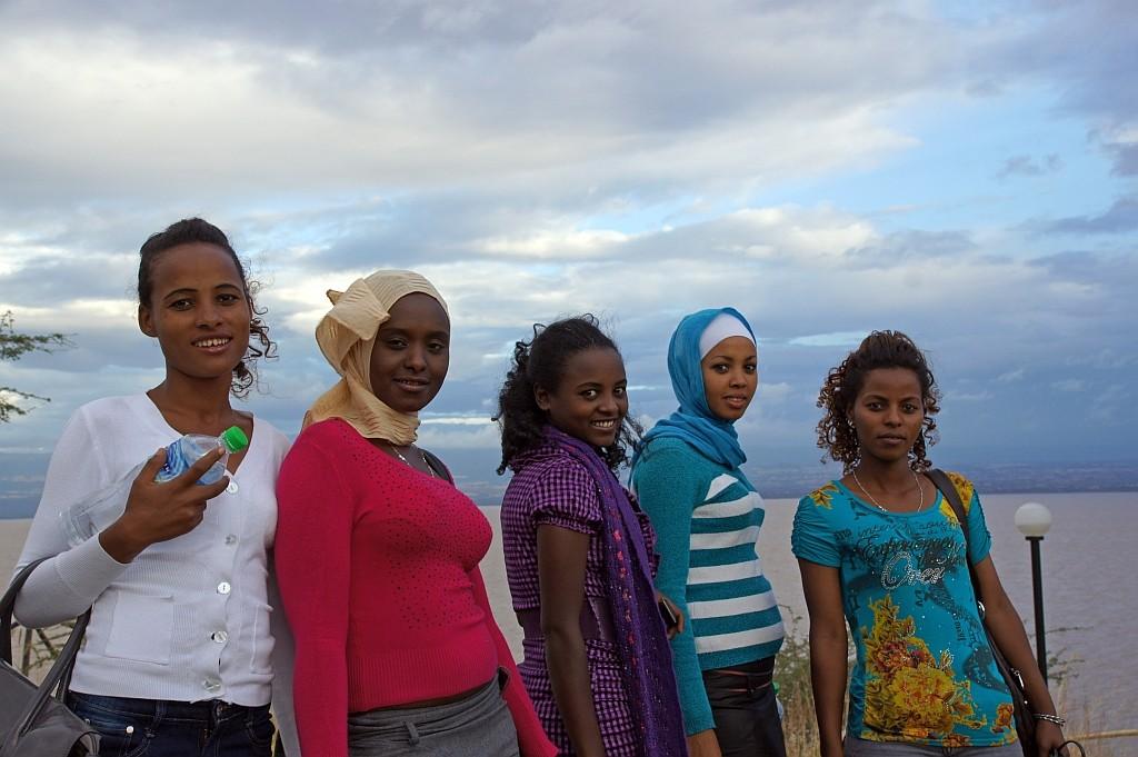 hübsche Mädchen, einheimische Touristen