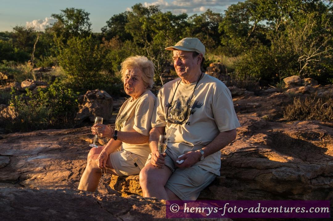 ein Gläschen Sekt für Anneliese und Herbert
