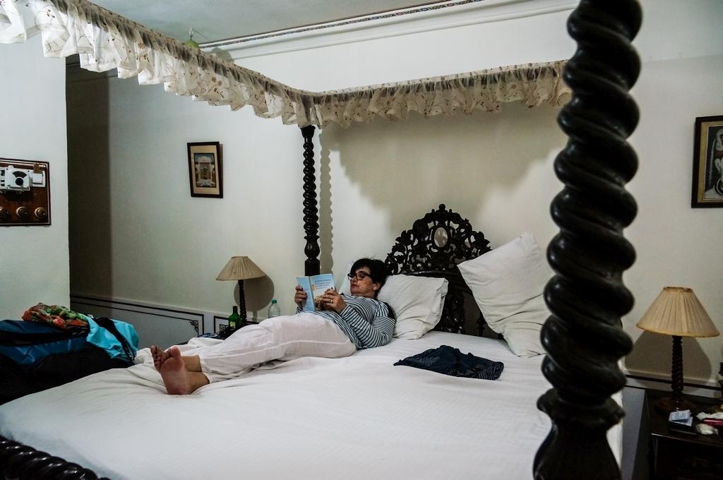 """Pushkar, """"Hotel Pushkar Palace"""", Zimmer sehr klein, der meiste Platz war im Bett"""