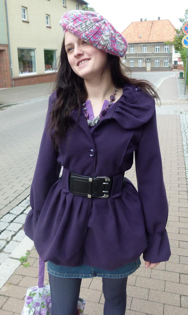 Ein ganz besonderer Mantel in schönem warmen Lila,