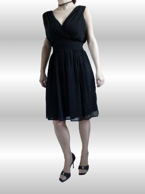 Das Kleid ist luftig und bequem zu tragen - genau das Richtige für eine lange Partynacht! More & More -UVP:79,95 € - bei uns nur 38 € inkl. Versandkosten!
