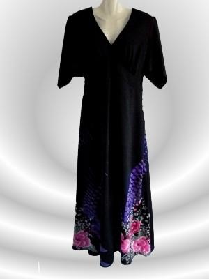 Vintage Abendkleid lang in schwarz mit schönem Muster - secondhand, Gr.L - nur 14 € + Versandkosten nur 3,90 € - einmalig pro Bestellung!