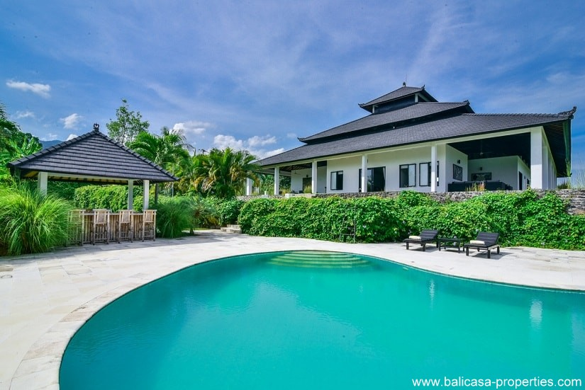 Lovina hillside villa for sale with 5 bedrooms