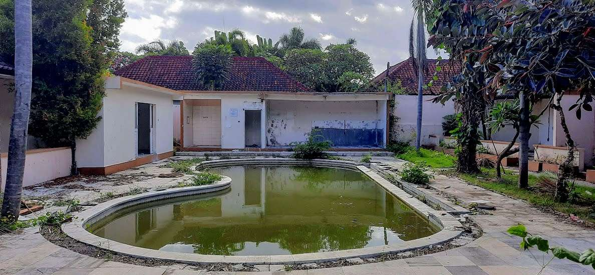 Available land/resort for sale next to the complex