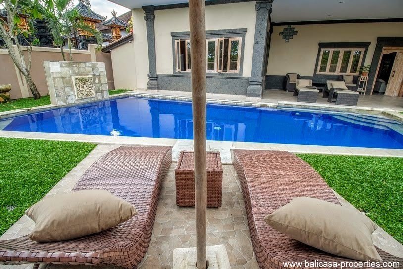 Cemagi villa for sale