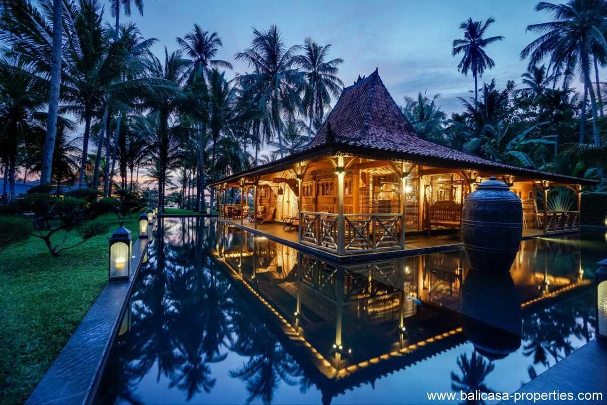 Pekutatan Beachfront Villa For Sale Balicasa Properties