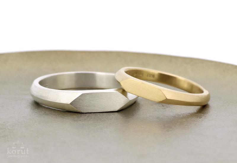 シルバーとゴールドのマリッジリング(結婚指輪)