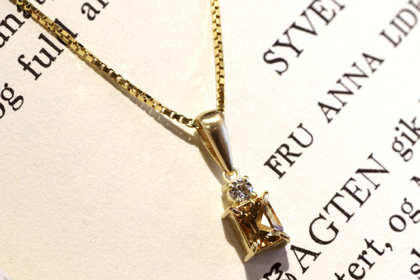 フルオーダーペンダント、18金イエローゴールド・インペリアルトパーズ・ダイヤモンド