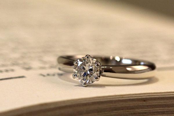 リフォームエンゲージリング完成写真、プラチナ900・ダイヤモンド