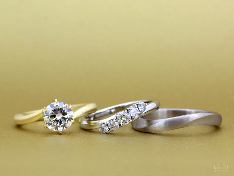 エンゲージリング(婚約指輪)、マリッジリング(結婚指輪)