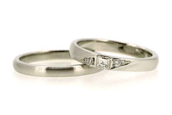 リフォーム後のマリッジリング(結婚指輪)、女性用のみメレダイヤ追加