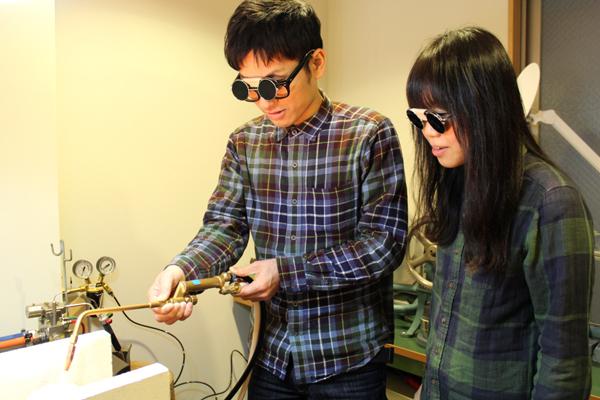 マリッジリング(結婚指輪)制作体験・地金溶解1