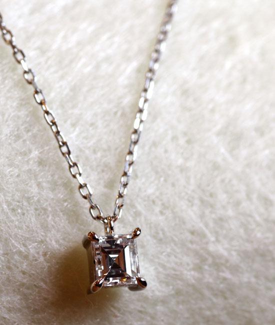 フルオーダーメイドペンダント完成写真、プラチナ900・バゲットカットダイヤモンド