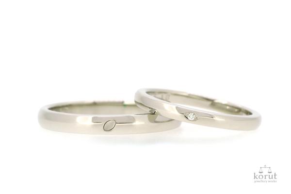 完成したフルオーダーマリッジリング(結婚指輪)、プラチナ900・光沢仕上