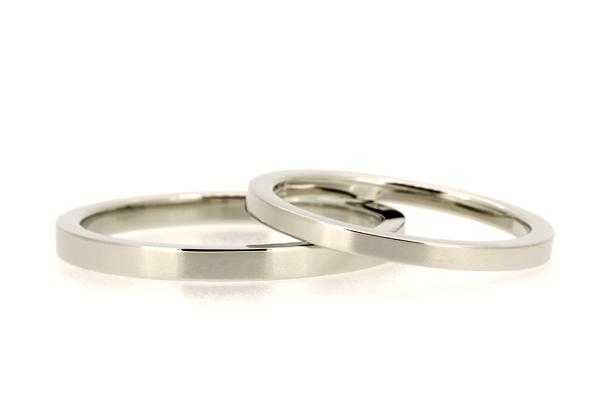 フルオーダーマリッジリング(結婚指輪)完成写真、プラチナ900・平板・光沢仕上げ
