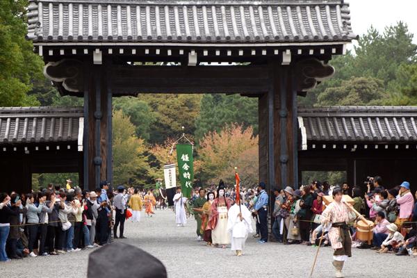 時代祭2015年堺町御門の様子3